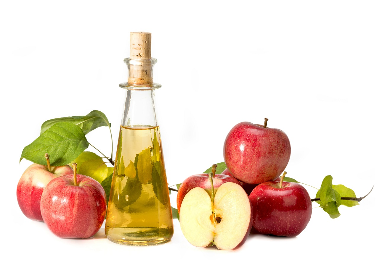 Jak pić ocet jabłkowy? Właściwości, dawkowanie i przeciwwskazania