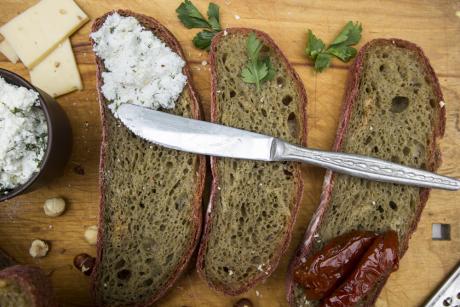 Co jeść przed snem, aby dobrze się zregenerować?