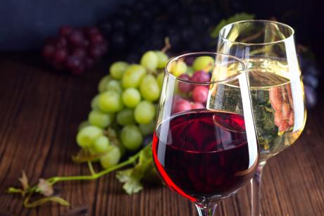 Dobroczynne właściwości wina. Białe czy czerwone?