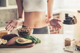 Jedz mniej, ćwicz więcej - czy to działa?