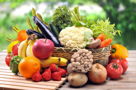 Warzywa i owoce powinny stanowić połowę tego, co jemy