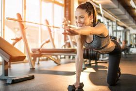 Poranny trening siłowy – na czczo czy może po posiłku?