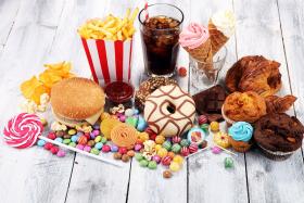 Niezdrowe produkty w codziennej diecie – tego unikaj