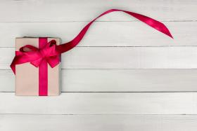 Co kupić na prezent świąteczny ? 16 oryginalnych fit pomysłów