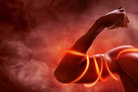 W jaki sposób może wpłynąć na odbudowę glikogenu w komórkach mięśniowych?
